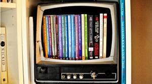 use-old-tv-as-dvd-storage-box-1-500x331-copy1