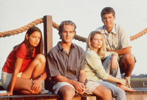 """1997 The cast of """"Dawson's Creek."""" From left to right: Katie Holmes (Joey Potter), James Van Der Bee"""