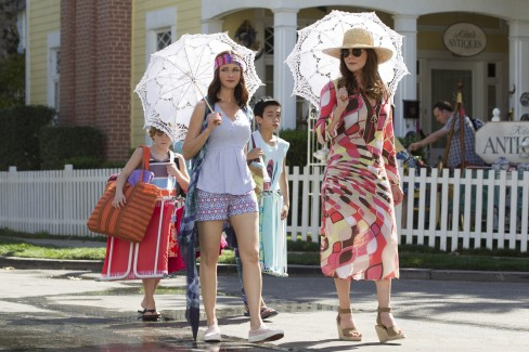 bal-gilmore-girls-a-year-in-the-life-recap-summer-20161126